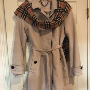 Burberry tan wool/cashmere coat